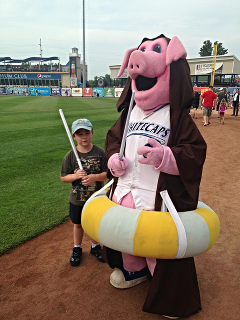 Jedi Franky welcomes us onto the field