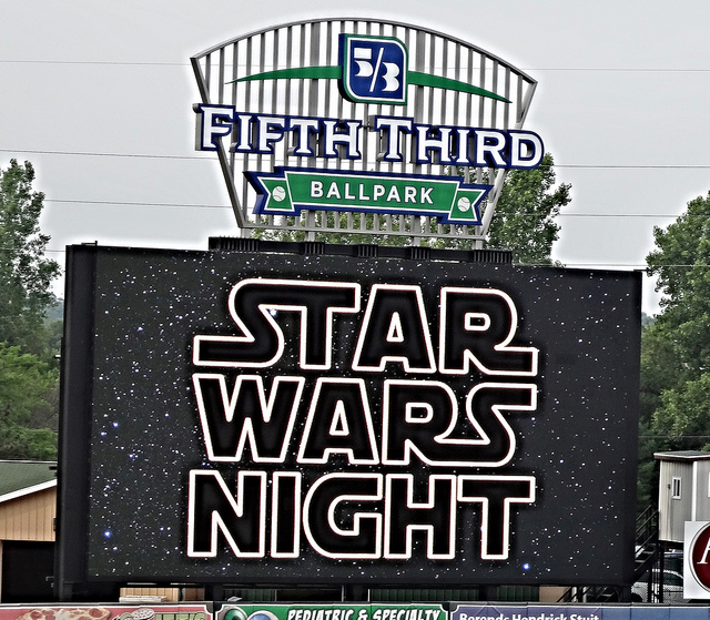 STAR WARS NIGHT-Episode V: The Umpire Strikes Out (1/6)